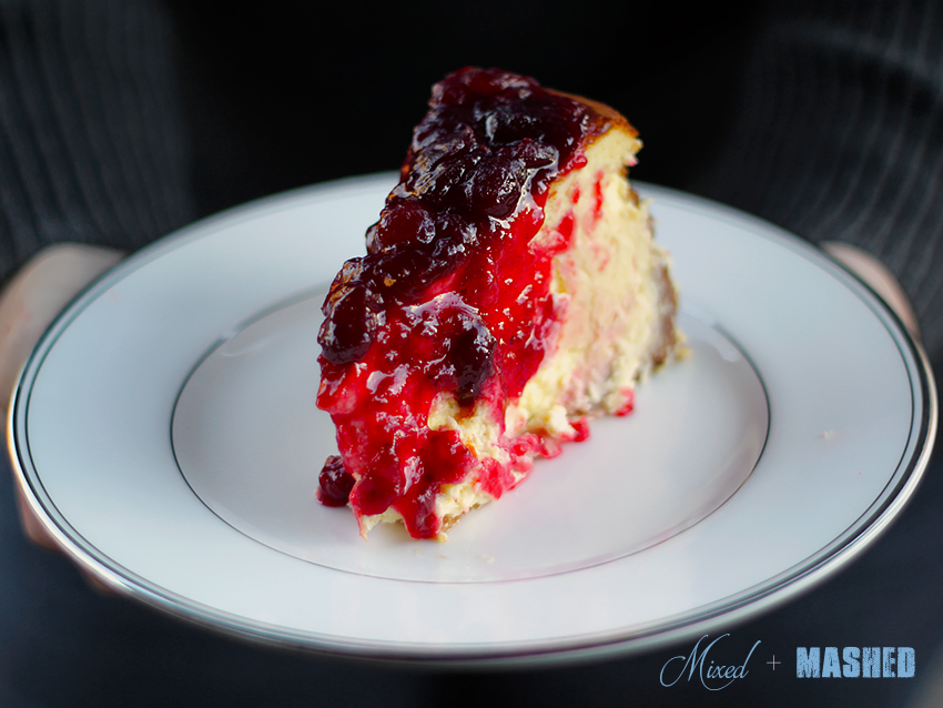 Cheese-Cake-Cranberry-slice