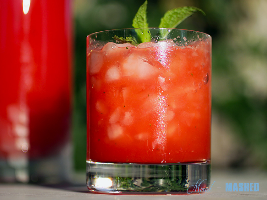 hydrating-watermelon-coconut-water-pour